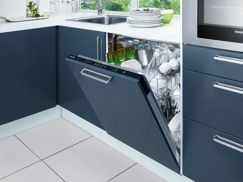 Стандартная посудомоечная на кухне