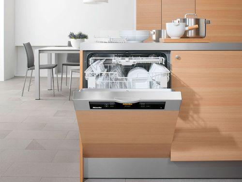 Расположение посудомоечной машины в крайнем столе